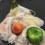 Tous les sacs réutilisables en filet de coton et de lin - Lot de 6 (2 pièces M, L, XL) - Sac d'épicerie en coton biologique pour le magasinage zéro des déchets, résistant, lavable, Double piqué avec étiquette de poids de tare, léger de la marque All Cotto image 3 produit